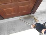 玄関のゴキブリ侵入防止対策