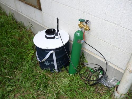 92炭酸ガスを使用した蚊の捕獲.jpg