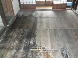畳回収後の床板2016.4