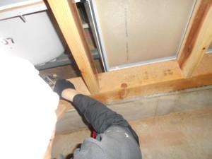 ゴキブリ対策床下のMC処理1